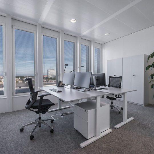 Rolgordijnen voor ieder kantoor