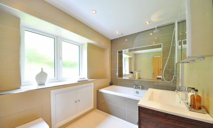 De spiegelkast voor in uw badkamer